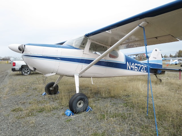 www hangar67 com